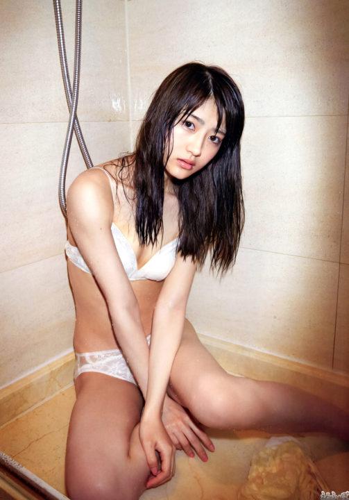 乃木坂46 若月佑美の濡れランジェリー