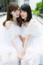 乃木坂46 白石麻衣と生田絵梨花。頬を寄せ合う二人の女神