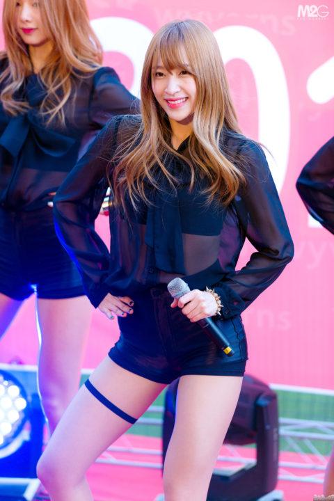 韓流最高の美少女 EXIDハニの超絶美脚