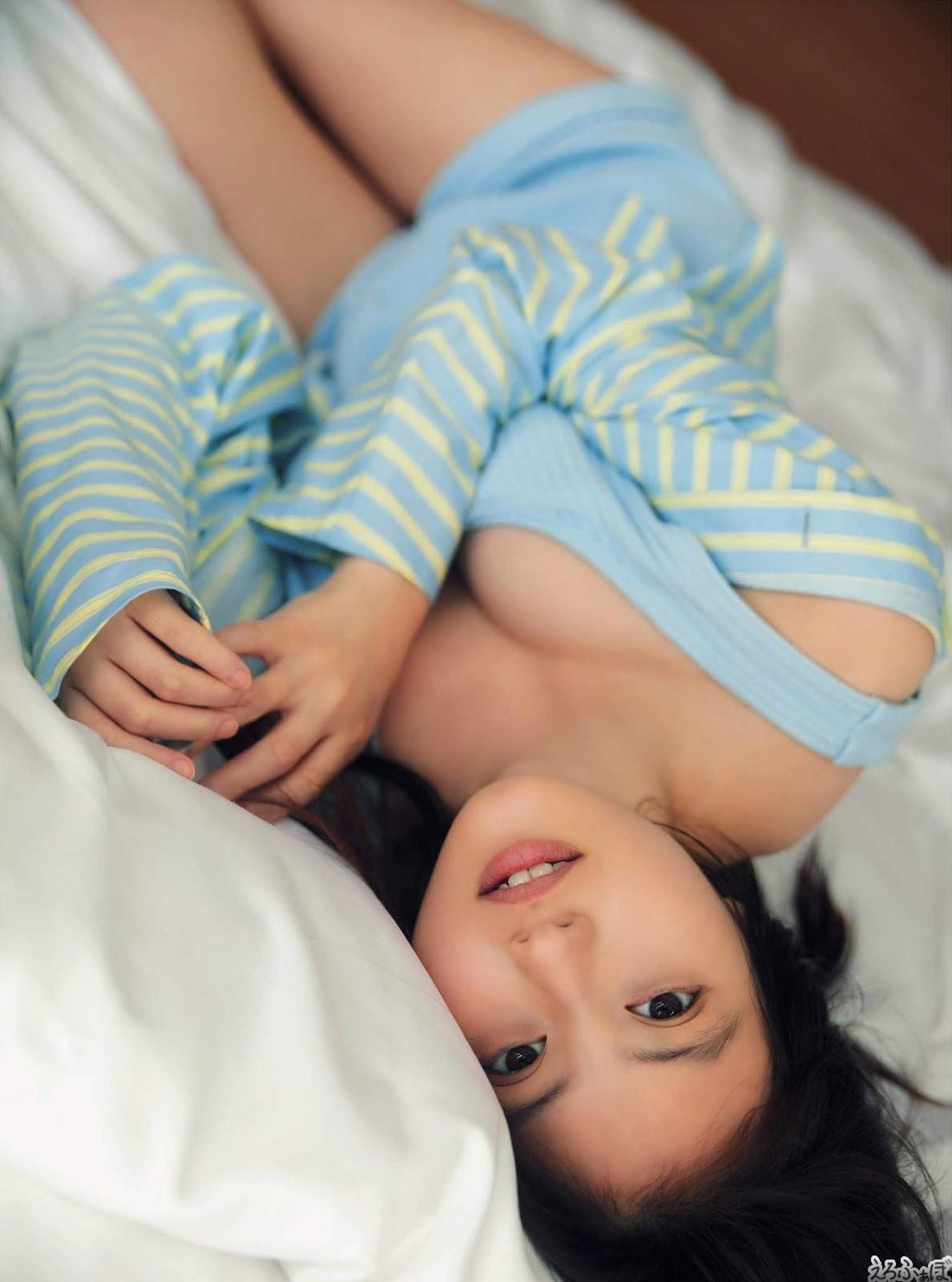 今田美桜 巨乳
