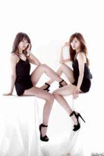 乃木坂46 衛藤美彩と白石麻衣 美脚姉妹の生脚コラボ
