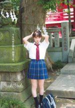 乃木坂46与田祐希 スカート短めでドキドキする制服