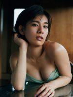 佐藤美希 26歳のくびれ女王